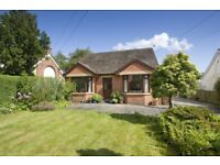 Chalet Bungalow with garden, parking and WIFI