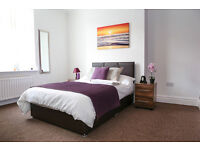 Double Bedroom in Luxury House share Available