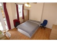 Lovely LARGE Double Room / Private Garden / Bow Area / Available NOW !!