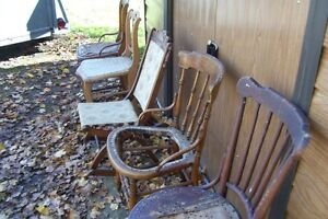 SOLID  ANTIQUE CHAIRS NEED REFINISHED London Ontario image 2