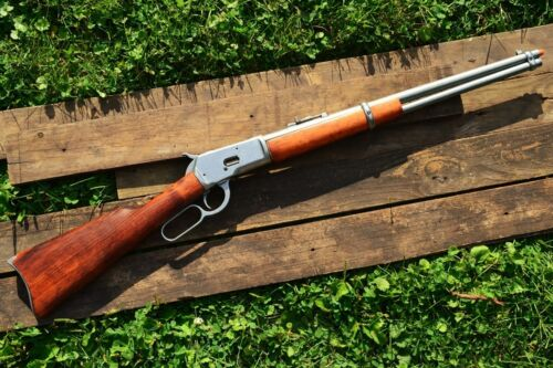 Winchester M1892 Lever-Action Rifle - Old Wild West - 1892 -