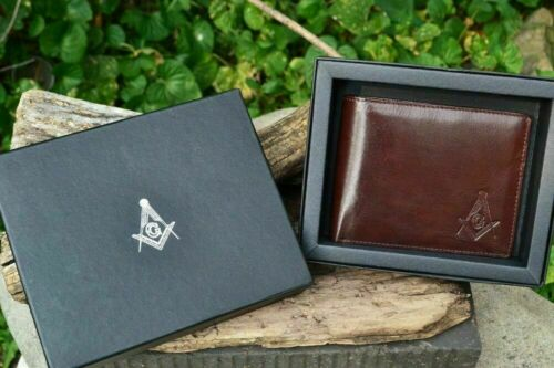 Masonic Brown Leather Bi-Fold Wallet - Mason - Embossed Square and Compasses NEW