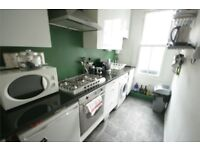 Stunning two double bedroom period conversion apartment in Vauxhall ONLY £370pw