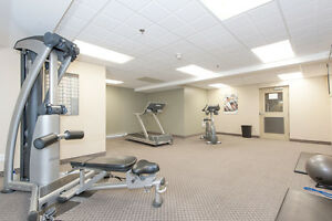 Upgraded 1 & 2 BDRM Apts for Rent- Pool, Tennis Courts & More!