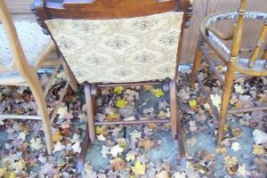 SOLID  ANTIQUE CHAIRS NEED REFINISHED London Ontario image 7