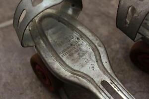 Antique Vintage No. 30 Globe Corp Metal Adjustable Roller Skates Cambridge Kitchener Area image 3