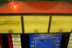 1960S VINTAGE AUTO TEST EQUIPMENT GREAT FOR DISPLAY IN SHOP London Ontario image 4