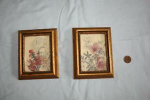 set of 2 - gold frame picture.
