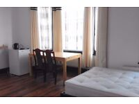 Room to Rent - Cricklewood NW2 -Ideal for Professional Couple -En Suite Bathroom -All Bills Included