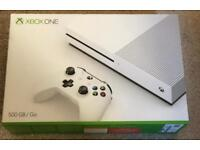 Xbox one s 500gb mint condition