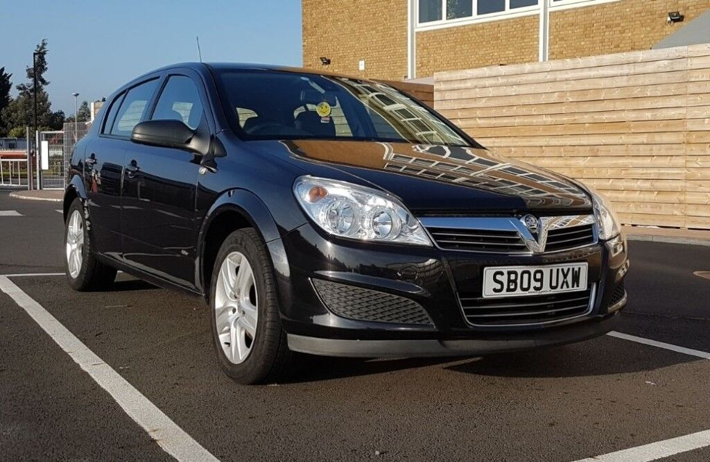 Vauxhall Astra. Excellent runner.