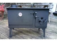 HANDMADE WINDY SMITHY WOODBURNER RANGE OVEN 'HENRY': 535h x 740w x 510d