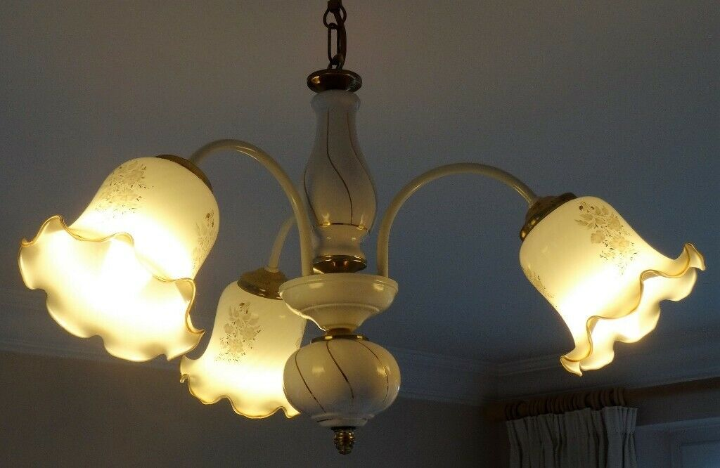 Matching Wall Lights And Centre Pendant For Lounge Dining Room In Northampton Northamptonshire Gumtree