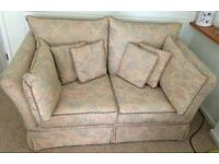 2 seater settee excellent condition, must collect. £100 ono. Contact 02476412310