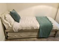 Top quality, barely used trundle guest bed - double guest bed or two single beds