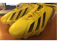 Adidas football boots size 4 good condition