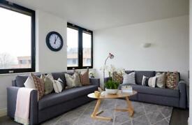 2 bedroom flat in 14 Upton Road, Watford, WD18
