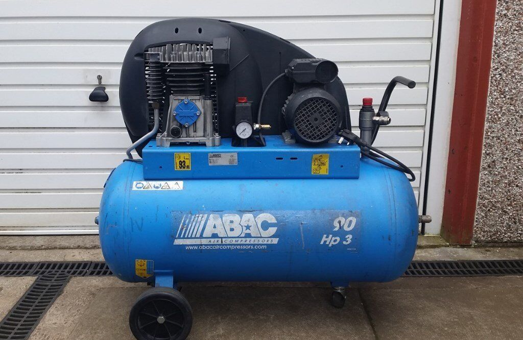 ABAC Pro Air Compressor 90L 3HP 14CFM 10bar 230v Single Phasein Dunfermline, FifeGumtree - ABAC Pro Air Compressor 90 Litre tank 3HP 14CFM 10bar 230v Single Phase 2013 model, has had very little use, quite quiet running, ideal for spraying or air tools, comes with regulator, perfect working order ready to use. Runs off 230v (standard 13amp...