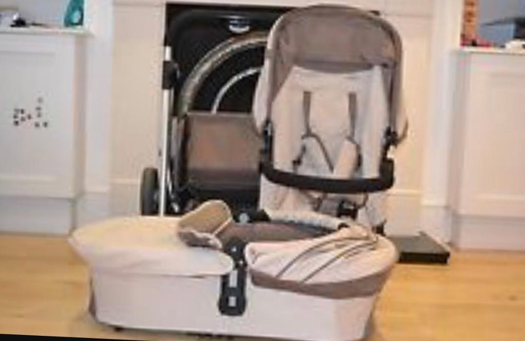 Icandy cherry fudge . I candy cherry . Icandy travel system . Pram.Pushchair. Buggy . .light weight