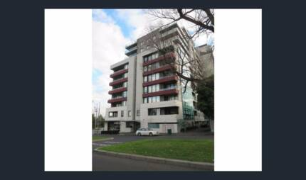 Lease Transfer - East Melbourne - $625pw 2 bed, 2 bath, 2 car