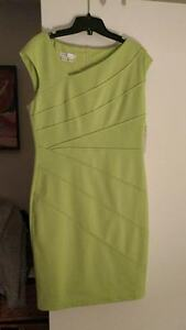 Dress in great colour - brand new - size 10