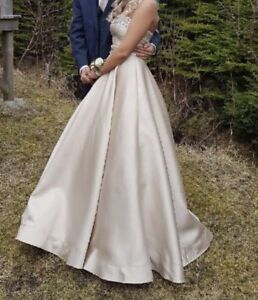 Grad/wedding dress