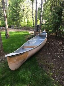 16' FiberCraft Canoe