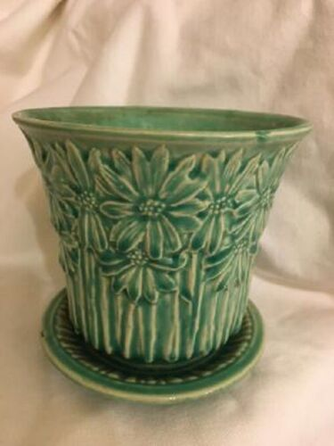 "Vintage McCoy Pottery Green Floral Daisy Planter 4.75"" High"