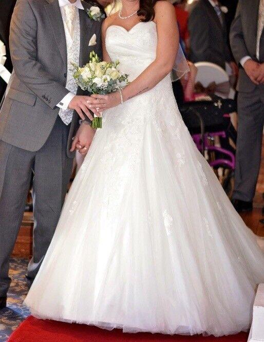 Pronovias wedding dress | in Stoke-on-Trent, Staffordshire | Gumtree