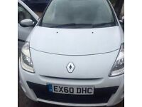 *RENAULT CLIO 1.6 WHITE IMUSIC. QUICK SALE NEEDED!!!*