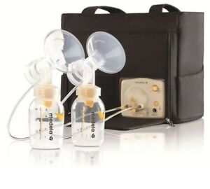 Medela Deluxe breast pump in style