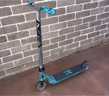 Custom pro envy scooter