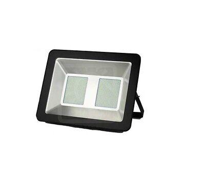 5659 - Foco LED Slim 200W - Luz Fría - Negro