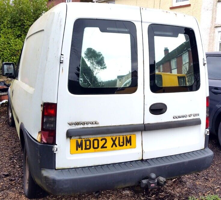 1257ccd4ae Vauxhall COMBO white van for sale - £250 - MOT until 6 May 2019