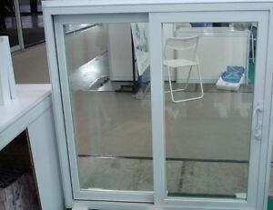 SLIDING VINYL PATIO DOORS
