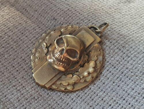 WWI German ANTIQUE GOLD PLATED MEMENTO MORI SKULL oak leaves PENDANT medallion
