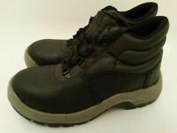 NEW! ARCO Essentials Safety Boots UK 5, EU 38 NEW, never used