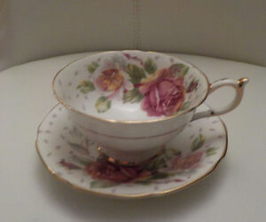 PARAGON BY APPOINTMENT TO HER MAJESTY THE QUEEN TEA CUP & SAUCER Edmonton Edmonton Area image 3