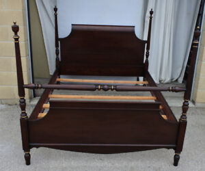 Elegant antique double poster bed w boxspring, refinished (Deli