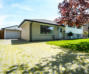 FAMILY FRIENDLY HOME - OPEN HOUSE SUN., MAY 27, 2-4 PM