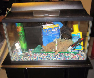 10 Gallon Aquarium with Stand and accessories