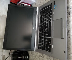 "HP EliteBook 8470p 14"" i5 3rd Gen 2.8GHz 10GB with dock station"