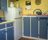 2 FURNISHED RMS $550 - KITCHENETTE & BATH - PRIVATE HOME -