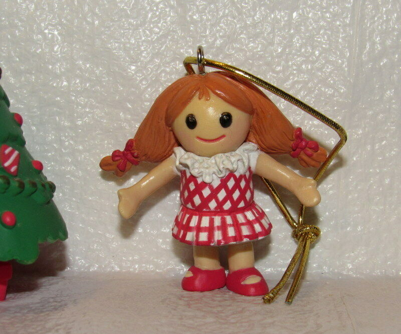 Rudolph the Red-Nosed Reindeer Island of Misfit Toys Ragedy Doll Ornament