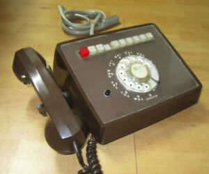 Vintage 1976 Brown Rotary Office Telephone – Unique –  TV Prop