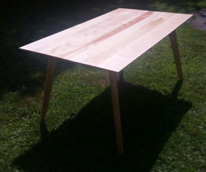 Solid birch scandinavian design table