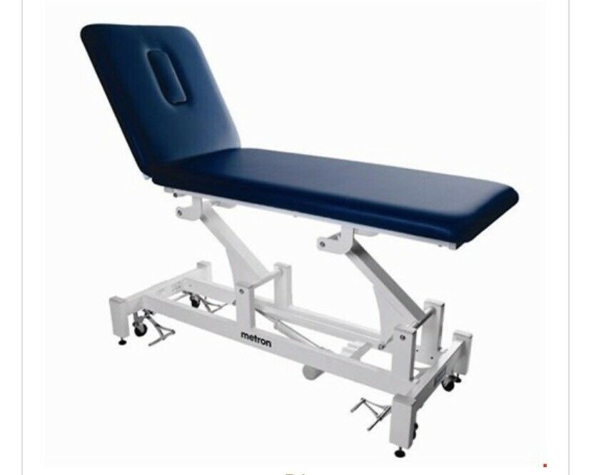 Enjoyable Metron 2 Section Elite Motorised Hydraulic Treatment Bed Rrp 1 127 In Failsworth Manchester Gumtree Pabps2019 Chair Design Images Pabps2019Com