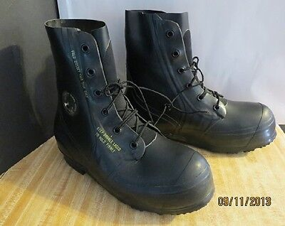 Mickey Mouse Boots Extreme Cold Weather Military Winter 10 R New Old Stock Bata