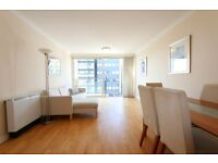 ***A bright spacious two bed two bath apartment in Canary Wharf