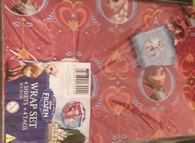 Disney Frozen gift wrap set